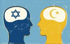 Antisemitisme en islamofobie, verwant, of toch niet?