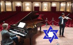Jom Ha\'atsmaoet in een leeg Concertgebouw